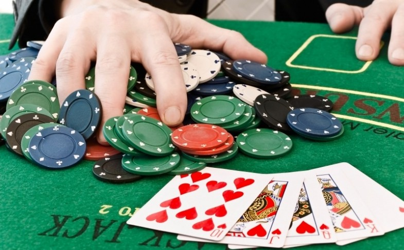 Effective strategies to play slots online
