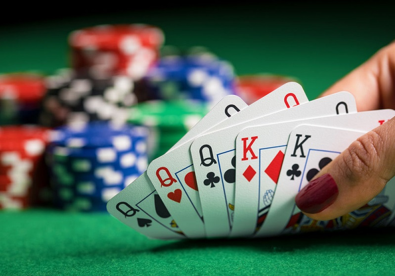 Know How To Pick The Best Site To Play Poker | Casino Available