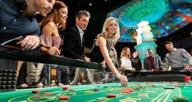 Full house poker harsh outline