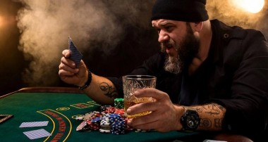 Play and enjoy the poker online games and win money as well